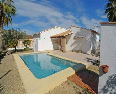 Jalon-Xalo,Alicante,España,3 Bedrooms Bedrooms,2 BathroomsBathrooms,Chalets,29691