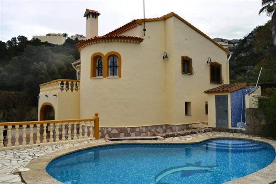 Dénia,Alicante,España,3 Bedrooms Bedrooms,3 BathroomsBathrooms,Chalets,29700