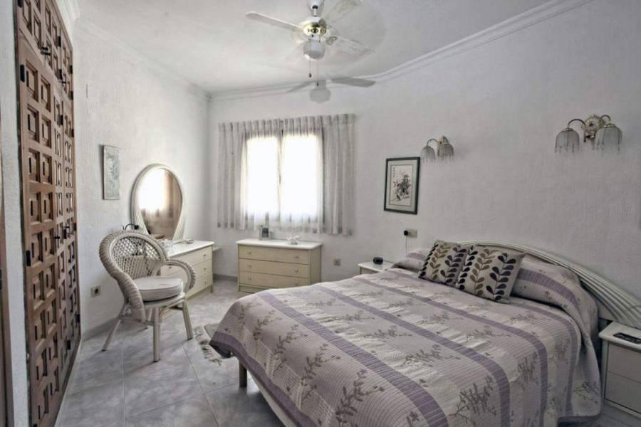 Jalon-Xalo,Alicante,España,3 Bedrooms Bedrooms,2 BathroomsBathrooms,Chalets,29708