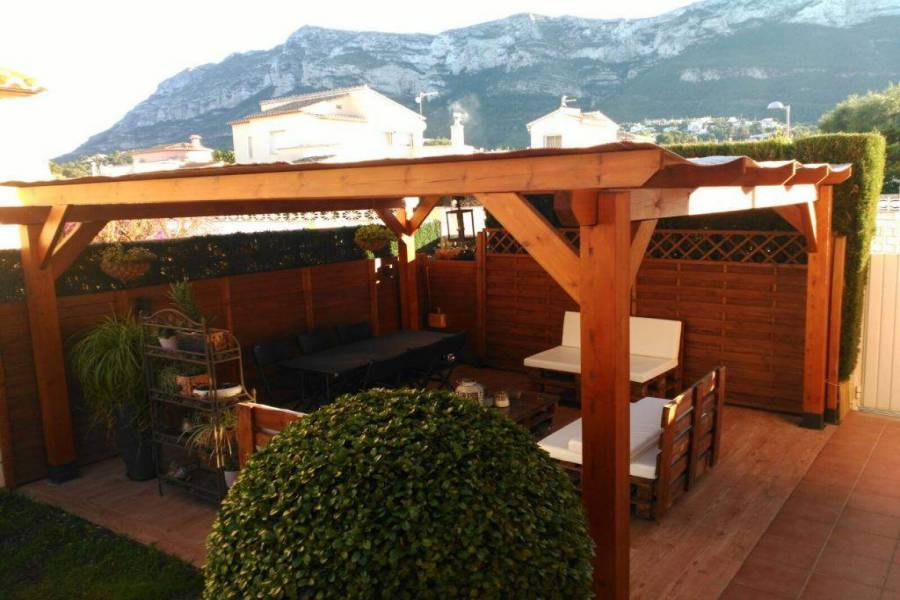 Dénia,Alicante,España,3 Bedrooms Bedrooms,2 BathroomsBathrooms,Chalets,29769