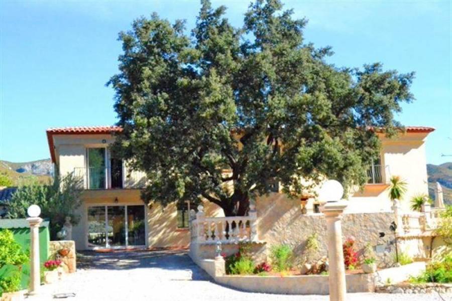 Vall de Gallinera,Alicante,España,6 Bedrooms Bedrooms,6 BathroomsBathrooms,Chalets,29774