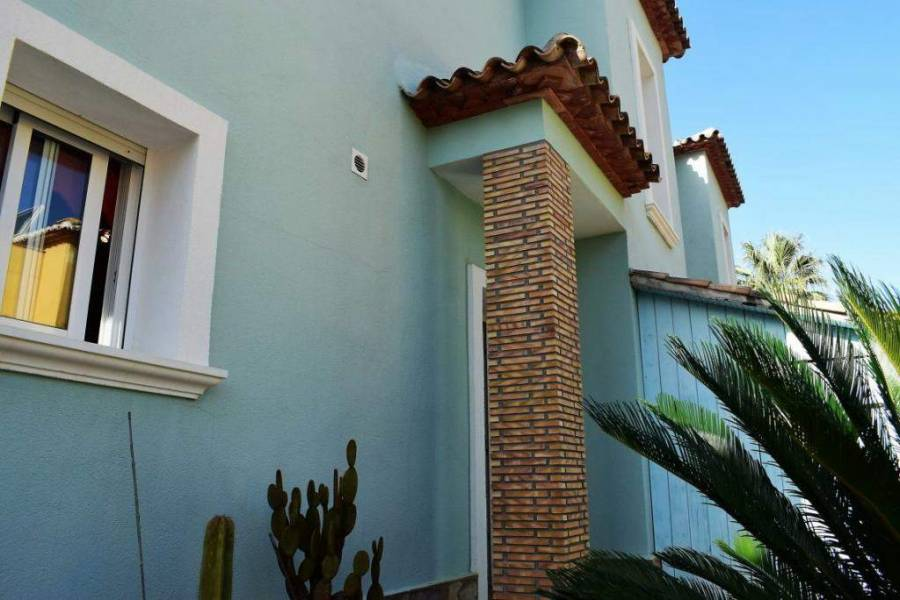 Dénia,Alicante,España,2 Bedrooms Bedrooms,2 BathroomsBathrooms,Chalets,29804