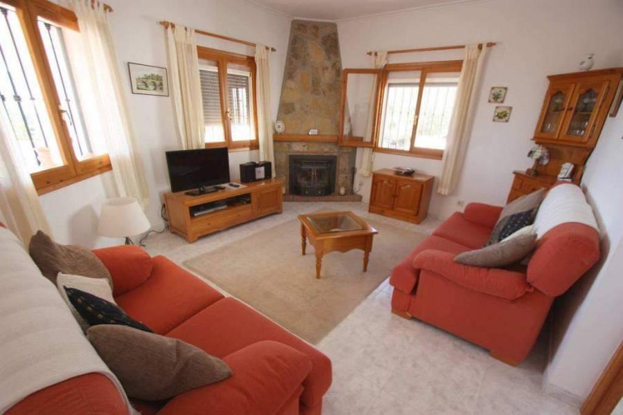 Tormos,Alicante,España,4 Bedrooms Bedrooms,3 BathroomsBathrooms,Chalets,29815