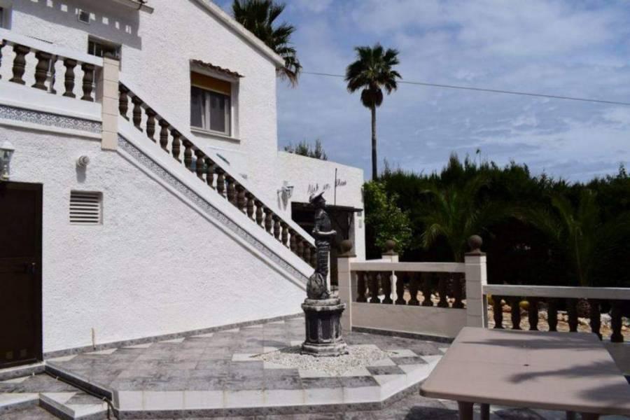 Dénia,Alicante,España,3 Bedrooms Bedrooms,3 BathroomsBathrooms,Chalets,29852