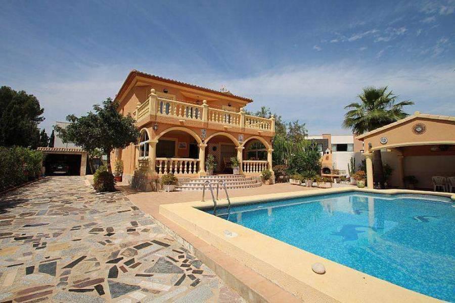 Dénia,Alicante,España,5 Bedrooms Bedrooms,4 BathroomsBathrooms,Chalets,29900