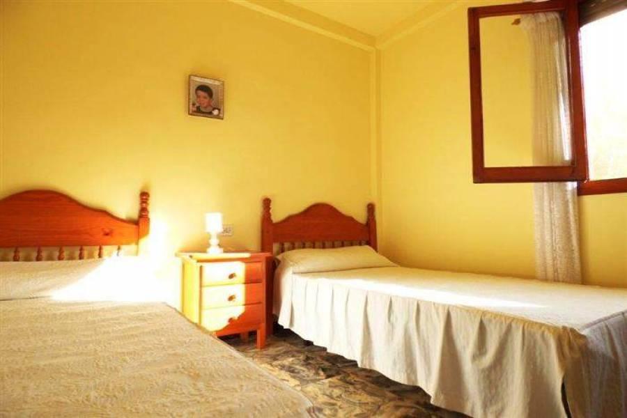 Dénia,Alicante,España,3 Bedrooms Bedrooms,2 BathroomsBathrooms,Chalets,30085