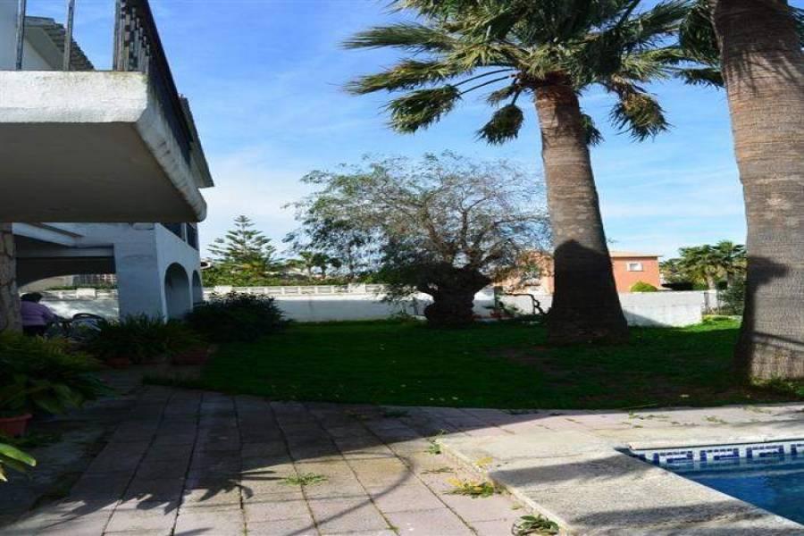 Dénia,Alicante,España,4 Bedrooms Bedrooms,3 BathroomsBathrooms,Chalets,30098