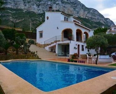 Dénia,Alicante,España,4 Bedrooms Bedrooms,4 BathroomsBathrooms,Chalets,30099