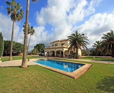 Dénia,Alicante,España,6 Bedrooms Bedrooms,3 BathroomsBathrooms,Chalets,30105