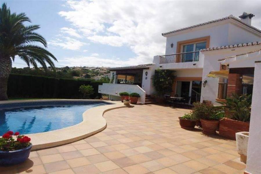 Dénia,Alicante,España,4 Bedrooms Bedrooms,4 BathroomsBathrooms,Chalets,30124