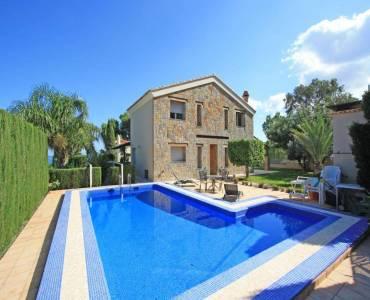 Dénia,Alicante,España,4 Bedrooms Bedrooms,4 BathroomsBathrooms,Chalets,30132