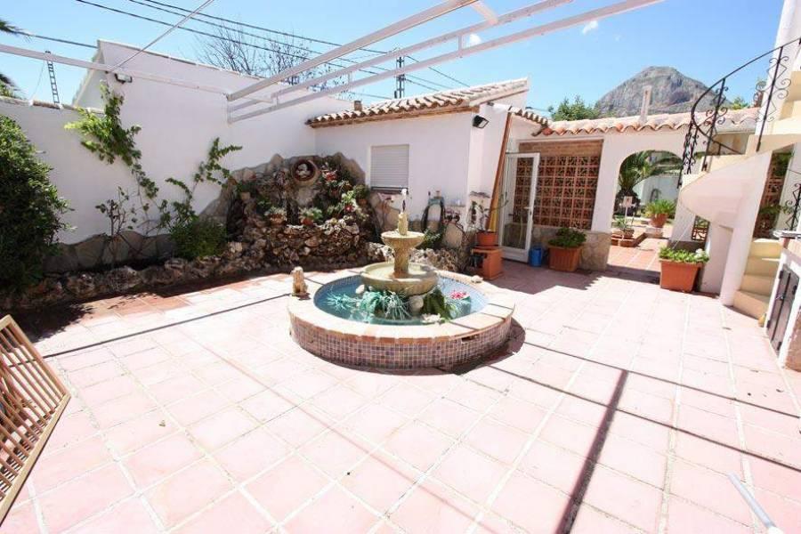 Javea-Xabia,Alicante,España,4 Bedrooms Bedrooms,3 BathroomsBathrooms,Chalets,30217