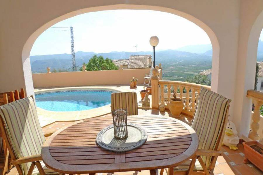 Sanet y Negrals,Alicante,España,5 Bedrooms Bedrooms,3 BathroomsBathrooms,Chalets,30277