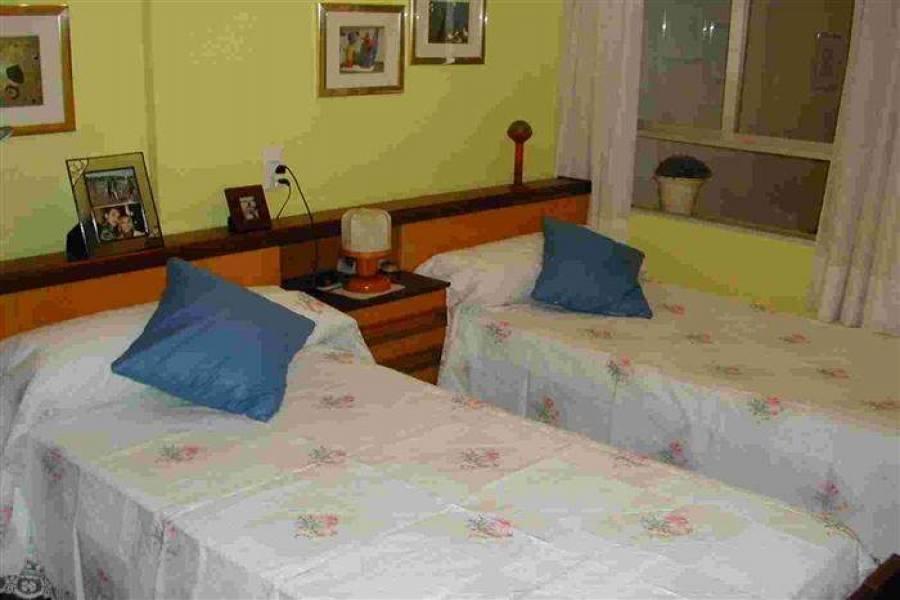 Pedreguer,Alicante,España,4 Bedrooms Bedrooms,1 BañoBathrooms,Apartamentos,30375