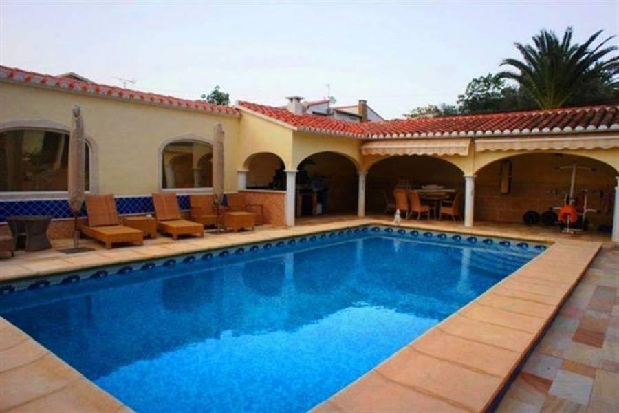 Dénia,Alicante,España,5 Bedrooms Bedrooms,4 BathroomsBathrooms,Chalets,30395