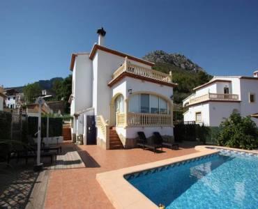 Sagra,Alicante,España,3 Bedrooms Bedrooms,2 BathroomsBathrooms,Chalets,30408
