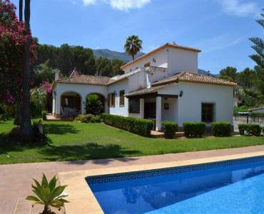 Dénia,Alicante,España,6 Bedrooms Bedrooms,3 BathroomsBathrooms,Chalets,30409