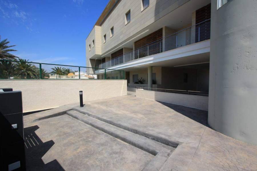 Dénia,Alicante,España,3 Bedrooms Bedrooms,2 BathroomsBathrooms,Apartamentos,30422