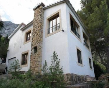 Dénia,Alicante,España,4 Bedrooms Bedrooms,2 BathroomsBathrooms,Chalets,30436