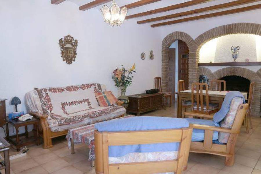 Dénia,Alicante,España,3 Bedrooms Bedrooms,2 BathroomsBathrooms,Chalets,30532
