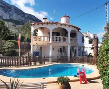 Dénia,Alicante,España,4 Bedrooms Bedrooms,4 BathroomsBathrooms,Chalets,30599