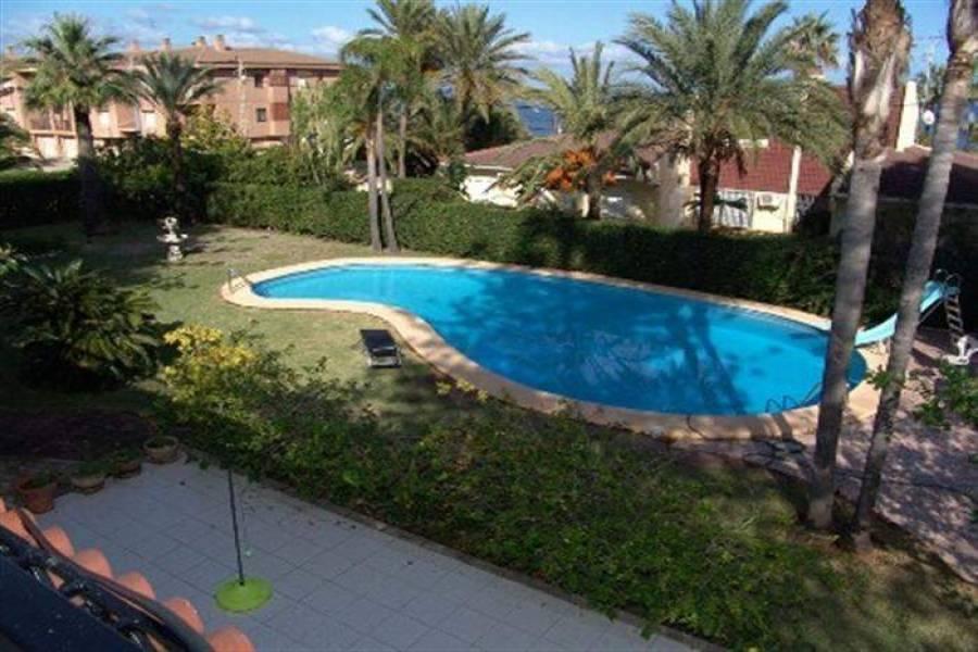 Dénia,Alicante,España,4 Bedrooms Bedrooms,3 BathroomsBathrooms,Chalets,30619