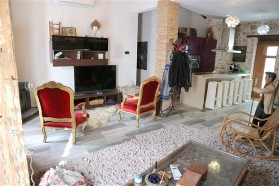 Dénia,Alicante,España,4 Bedrooms Bedrooms,2 BathroomsBathrooms,Casas,30631