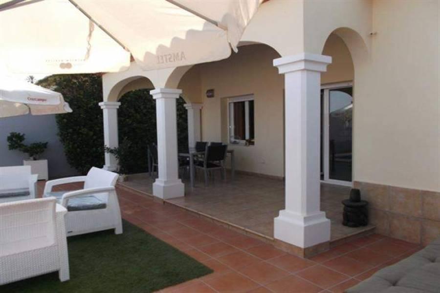 Dénia,Alicante,España,3 Bedrooms Bedrooms,2 BathroomsBathrooms,Chalets,30733