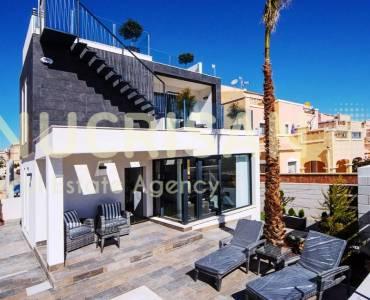 Orihuela, Alicante, España, 3 Bedrooms Bedrooms, ,3 BathroomsBathrooms,Chalets,Venta,31021