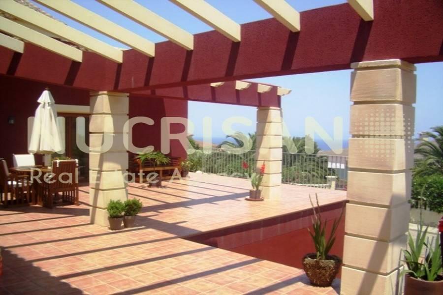 Dénia,Alicante,España,4 Bedrooms Bedrooms,3 BathroomsBathrooms,Chalets,31072