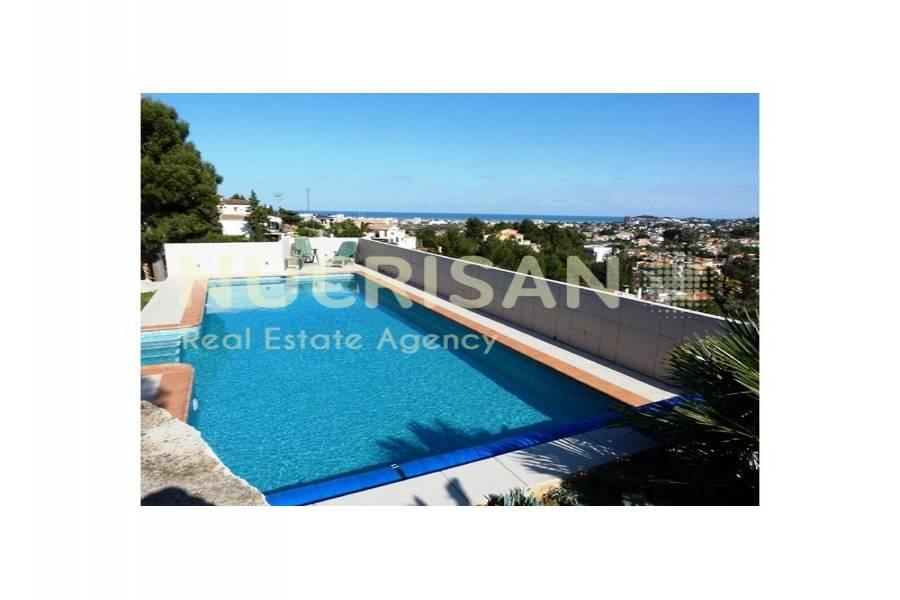 Dénia,Alicante,España,3 Bedrooms Bedrooms,2 BathroomsBathrooms,Chalets,31073