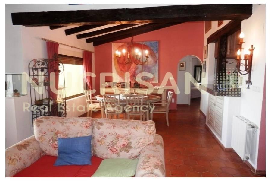 Dénia,Alicante,España,4 Bedrooms Bedrooms,3 BathroomsBathrooms,Chalets,31074