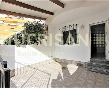 Pilar de la Horadada,Alicante,España,6 Bedrooms Bedrooms,3 BathroomsBathrooms,Bungalow,31196