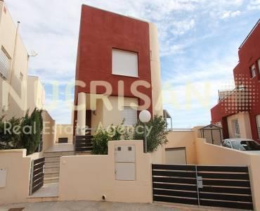 Orihuela,Alicante,España,3 Bedrooms Bedrooms,2 BathroomsBathrooms,Chalets,31202