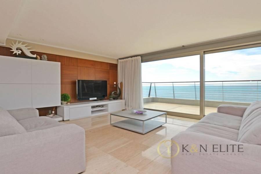 Alicante,Alicante,España,3 Bedrooms Bedrooms,2 BathroomsBathrooms,Chalets,31224