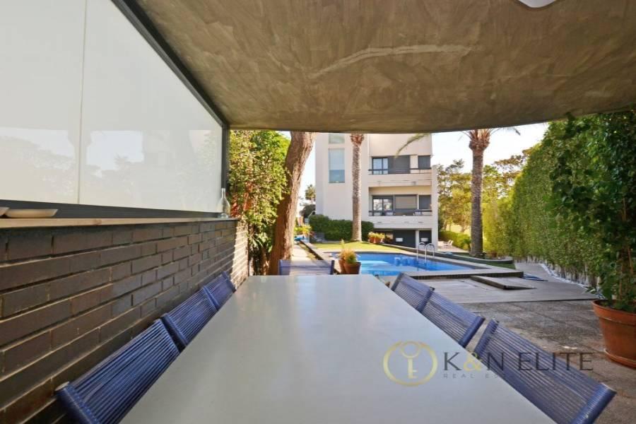 Alicante,Alicante,España,7 Bedrooms Bedrooms,6 BathroomsBathrooms,Chalets,31260