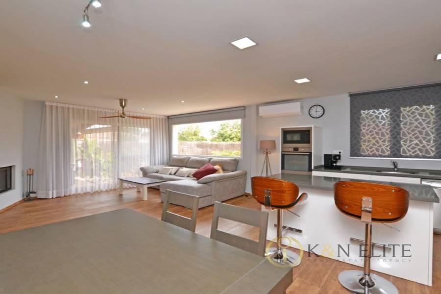 Alicante,Alicante,España,2 Bedrooms Bedrooms,1 BañoBathrooms,Chalets,31264
