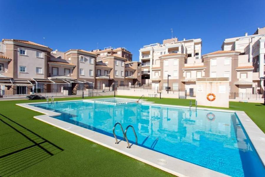 Santa Pola,Alicante,España,3 Bedrooms Bedrooms,2 BathroomsBathrooms,Adosada,31956