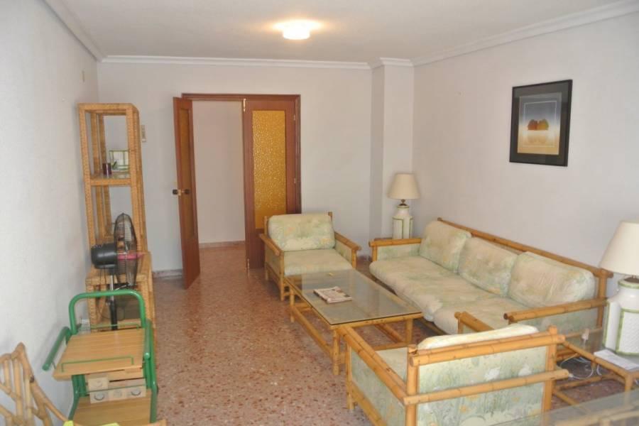 Torrevieja,Alicante,España,4 Bedrooms Bedrooms,2 BathroomsBathrooms,Apartamentos,32062