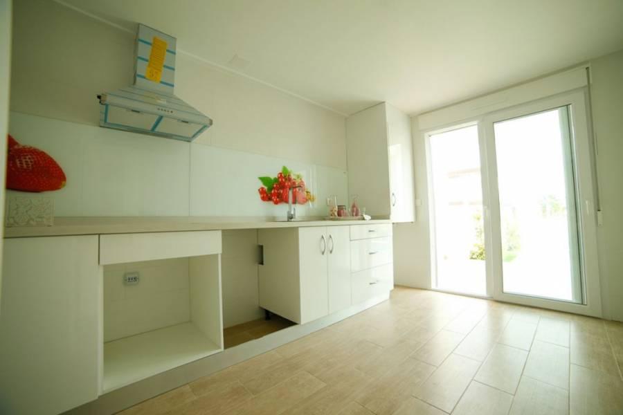 Santa Pola,Alicante,España,2 Bedrooms Bedrooms,3 BathroomsBathrooms,Bungalow,32086