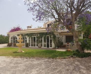 Mutxamel,Alicante,España,3 Bedrooms Bedrooms,3 BathroomsBathrooms,Casas,32101