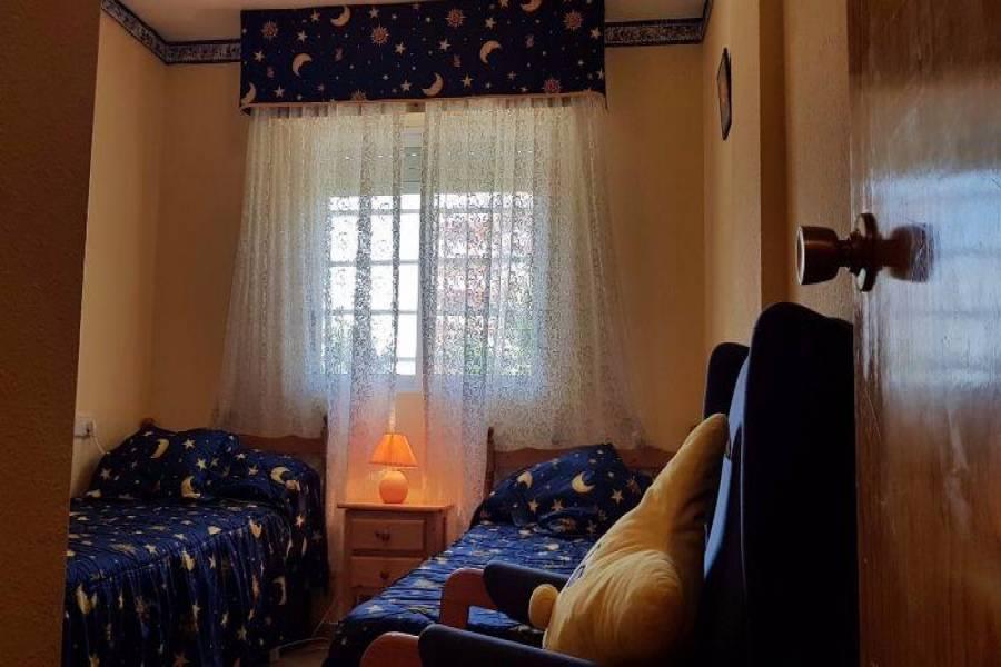 Torrevieja,Alicante,España,2 Bedrooms Bedrooms,1 BañoBathrooms,Apartamentos,3686