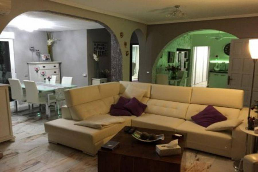 Rojales,Alicante,España,6 Bedrooms Bedrooms,6 BathroomsBathrooms,Fincas-Villas,3734