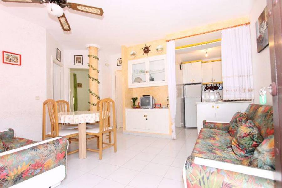 Torrevieja,Alicante,España,2 Bedrooms Bedrooms,1 BañoBathrooms,Cabañas-bungalows,3805