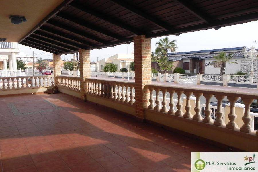 Guardamar del Segura,Alicante,España,4 Bedrooms Bedrooms,2 BathroomsBathrooms,Casas,3827