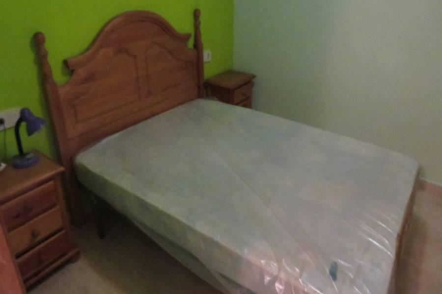 Alicante,Alicante,España,2 Bedrooms Bedrooms,1 BañoBathrooms,Planta baja,33923
