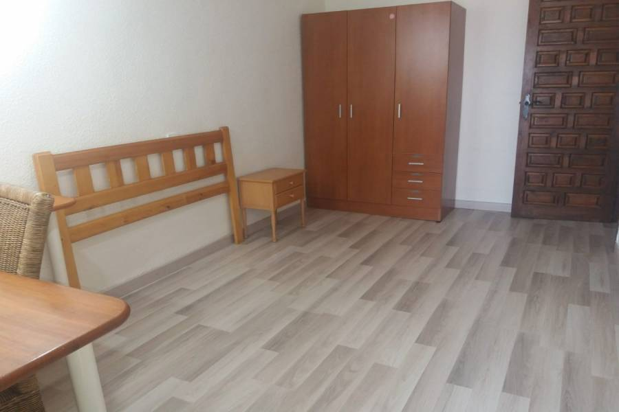 Orihuela,Alicante,España,3 Bedrooms Bedrooms,1 BañoBathrooms,Dúplex,33941