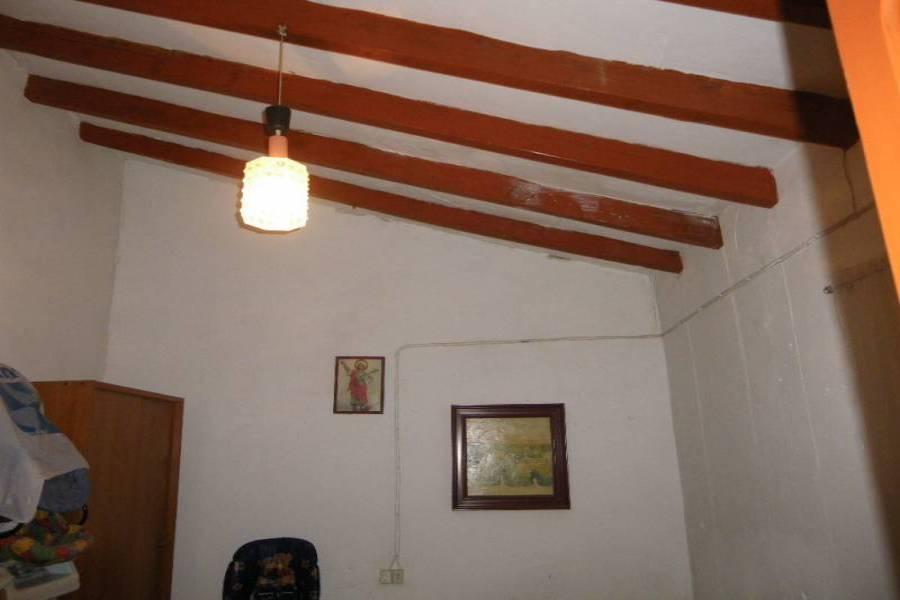 Alicante,Alicante,España,3 Bedrooms Bedrooms,1 BañoBathrooms,Casas,33947