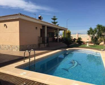 San Vicente del Raspeig,Alicante,España,3 Bedrooms Bedrooms,2 BathroomsBathrooms,Chalets,33949