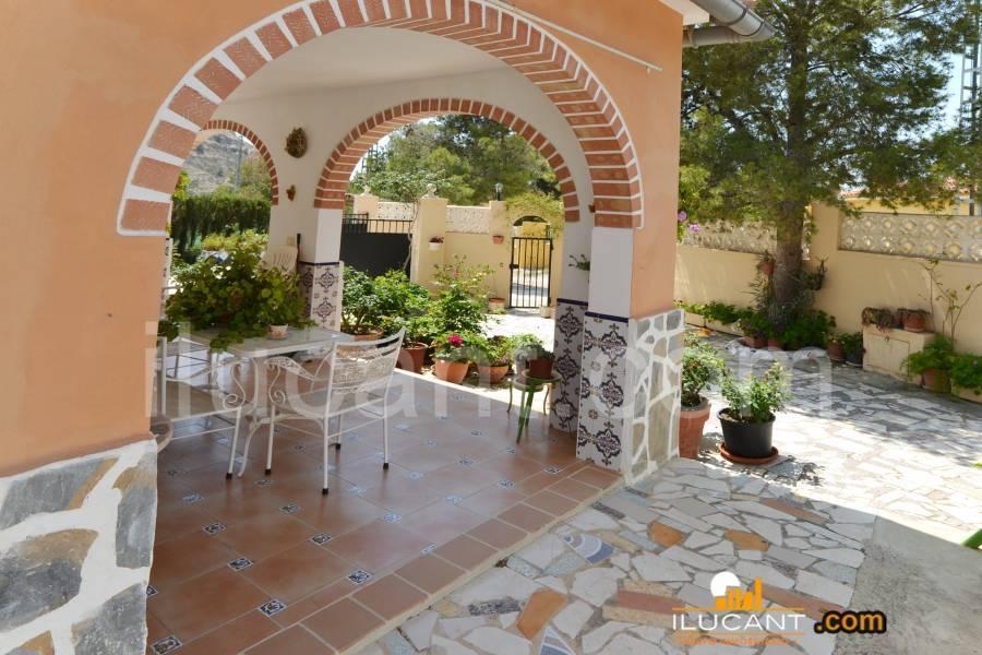 Agost,Alicante,España,4 Bedrooms Bedrooms,2 BathroomsBathrooms,Casas,34159